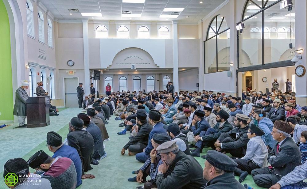إمام الجماعة الإسلامية الأحمدية العالمية يلقي خطبة الجمعة من هيوستن في تكساس لأول مرة